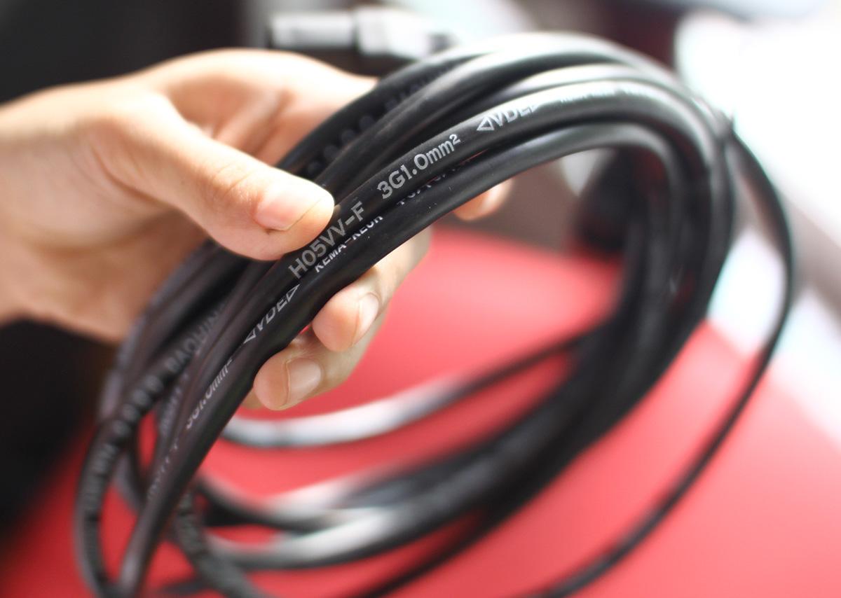Dây nguồn UPS, PDU, Server chuyên dụng C13, C14 hai đầu đực, cái 3Gx1mm dài 5m lõi đồng nguyên chất hàng chính hãng.