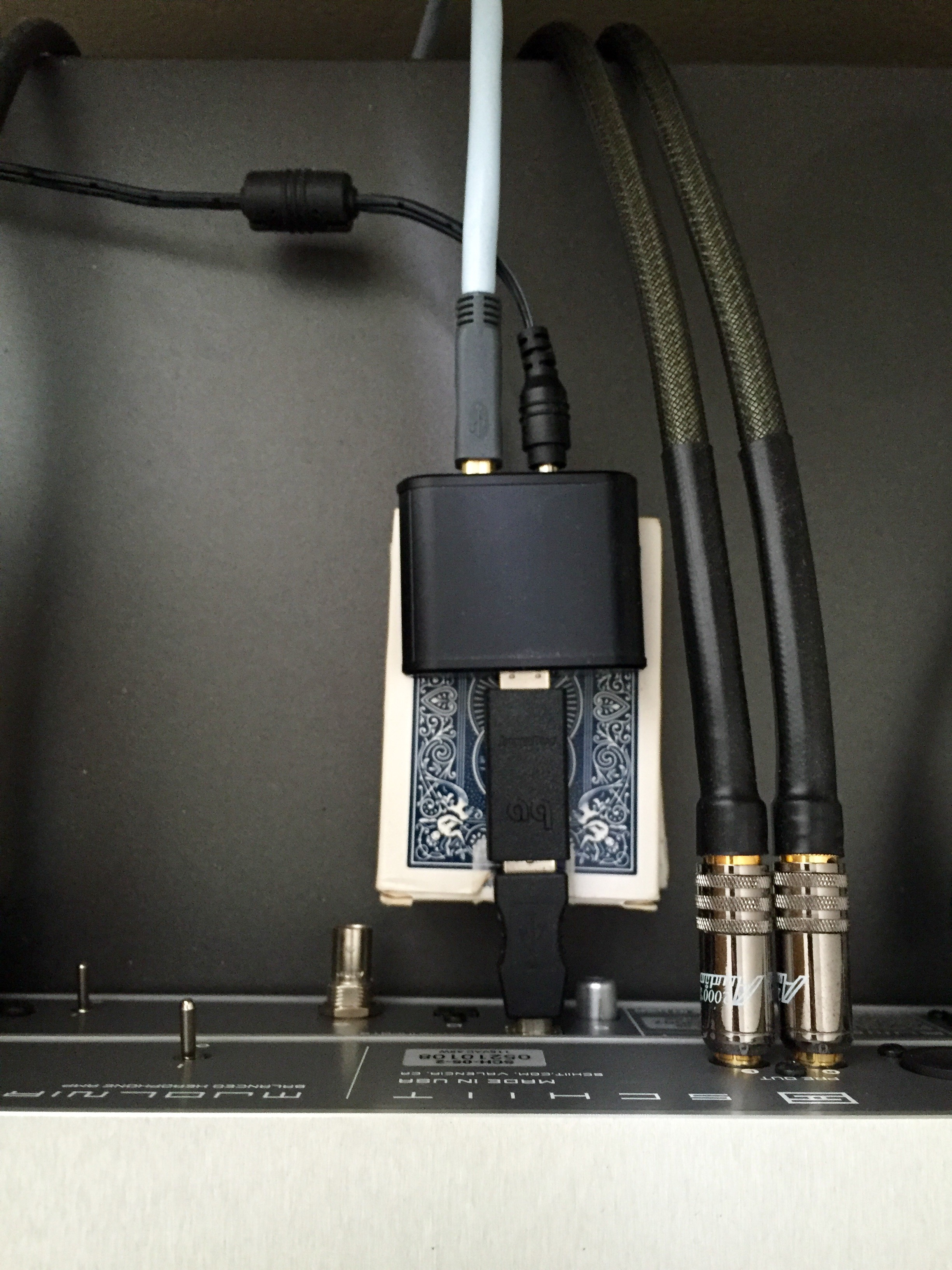 AudioQuest USB lọc nhiễu JitterBug - Hàng chính hãng