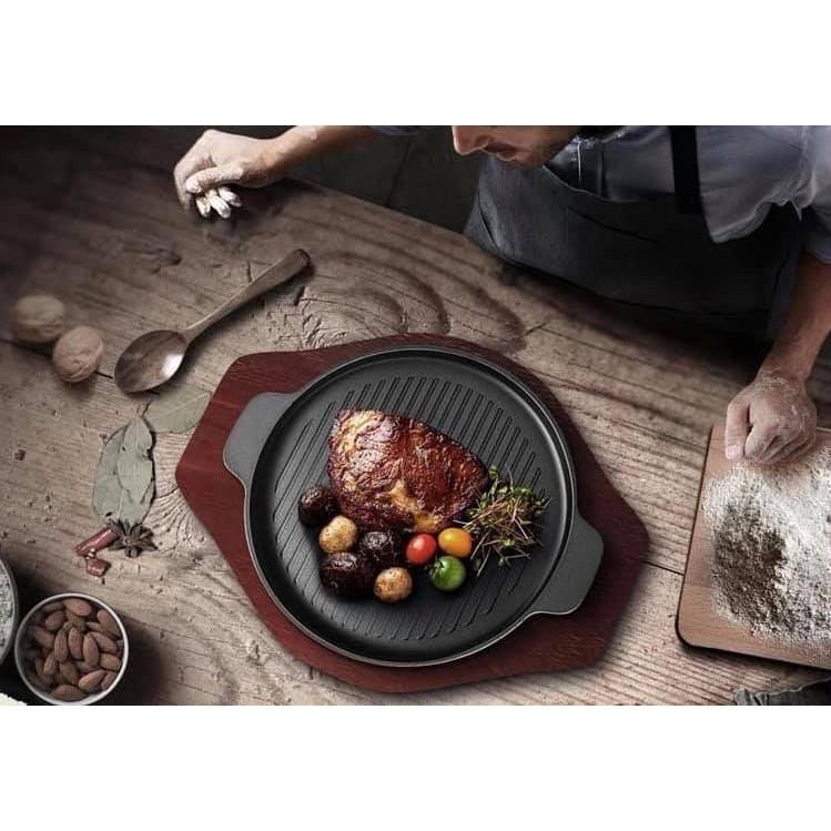 Chảo gang nướng  dùng cho bếp từ, chống dính và dễ sử dụng