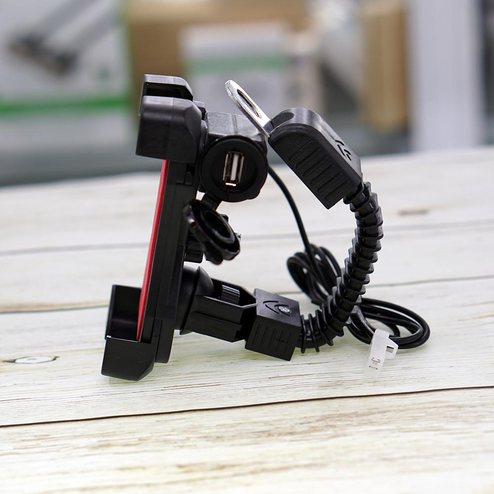 Giá Đỡ Kẹp Điện Thoại Cho Môtô Và Xe Máy Tích Hợp Cổng Sạc USB 5V Tiện Dụng (Màu Ngẫu Nhiên)