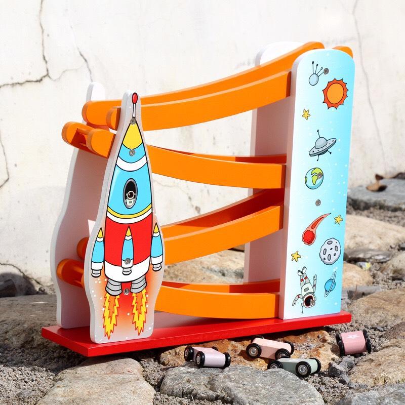 Đồ chơi gỗ - Cầu trượt không gian cho bé Gnu198