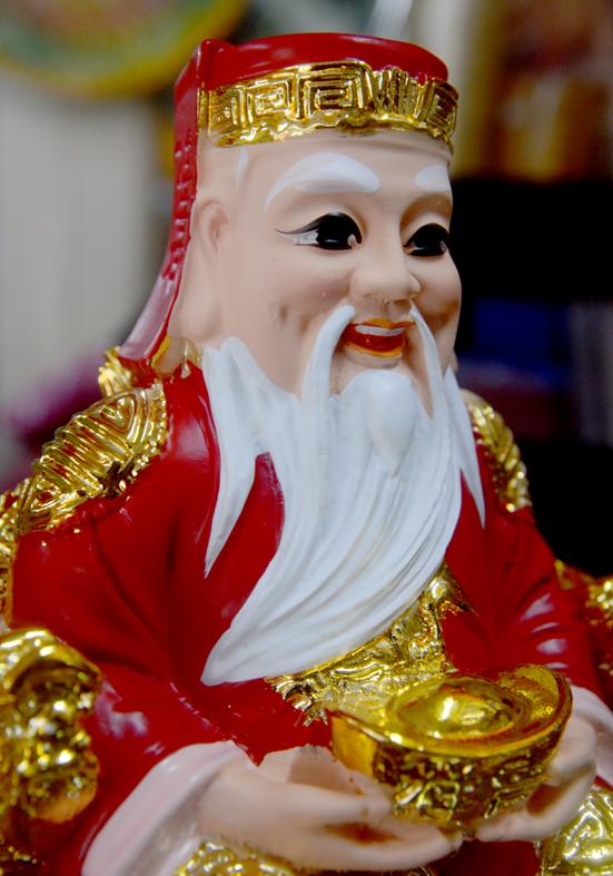 Bộ tượng hai ông Thần Tài Thổ Địa áo đỏ-Nhiều cỡ