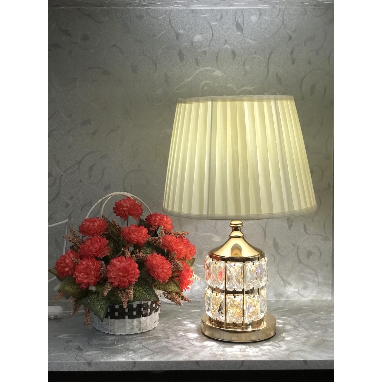 Đèn ngủ pha lê BM3668