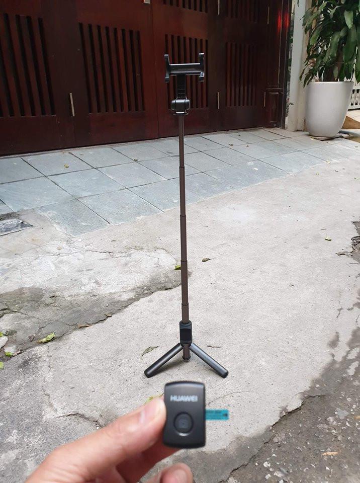 48051424 270771713797342 3624130873659490304 n - Gậy chụp hình Selfie Tripod Huawei 360 độ AF15