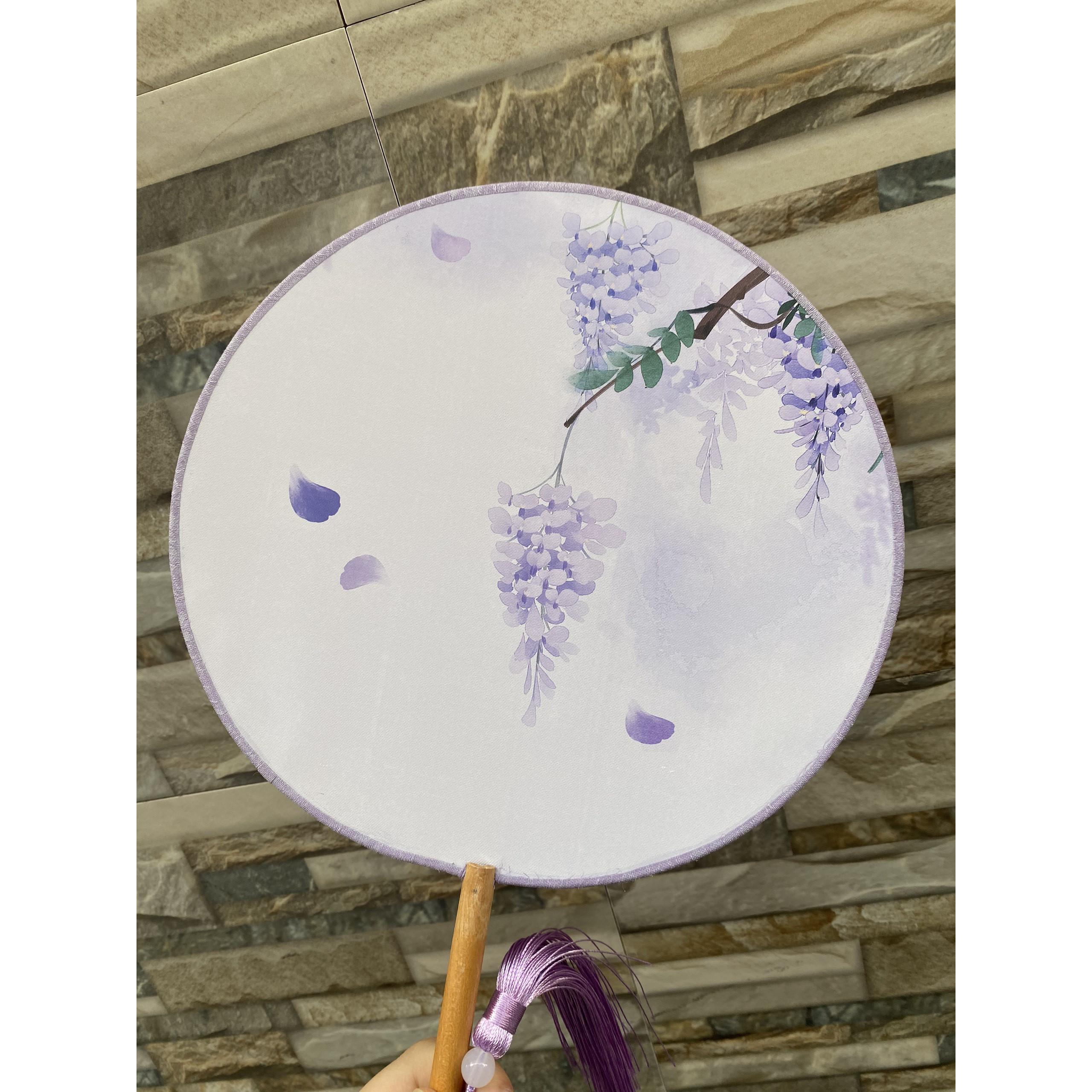 ( M65 ) Quạt tròn cổ trang cầm tay cán dài in hình TỬ ĐINH HƯƠNG gắn dây tuyến cosplay xinh xắn