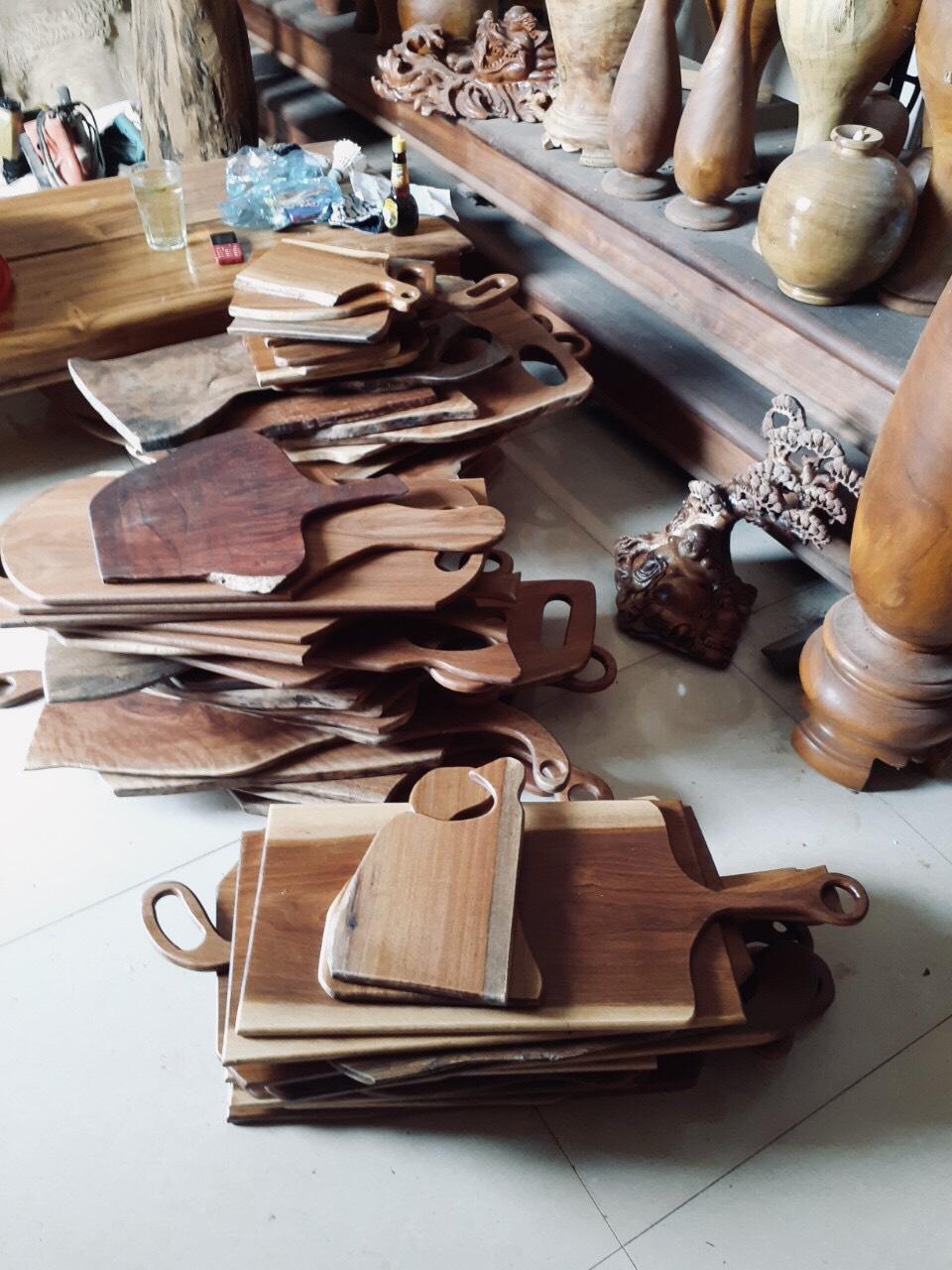 Thớt Gỗ Tự Nhiên, có Tay Cầm, Móc Treo (MS 05-06) Dùng Trang Trí, Khay Beefsteak,...