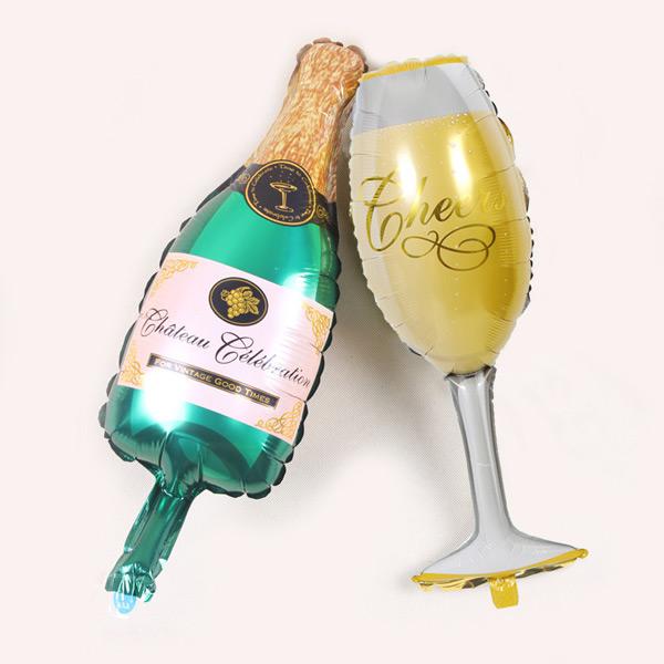 Bong bóng trang trí hình chai và ly rượu champagne