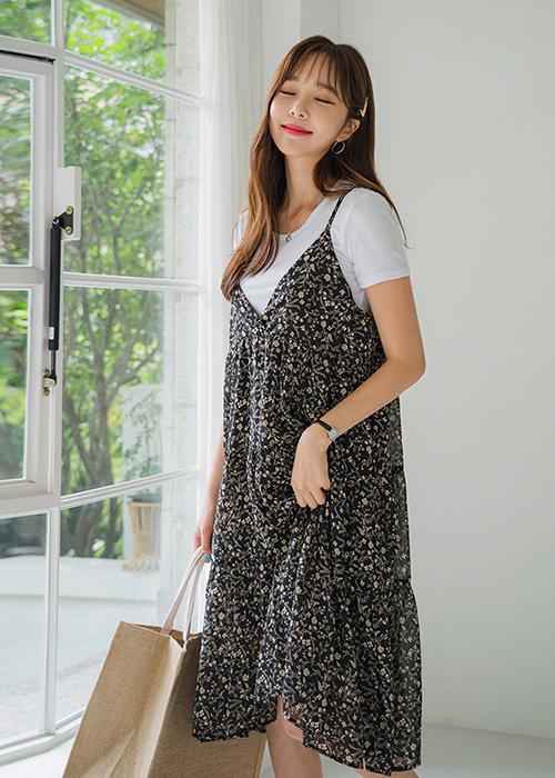 Set Đầm Yếm Hoa Liền + Áo Thun Đơn Sắc