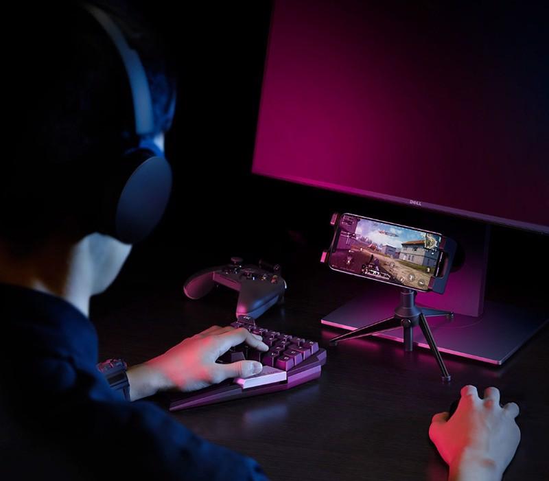 Bàn phím cơ một tay Flydigi D1 dùng cho IOS, Android, PC Full LED - Hàng chính hãng