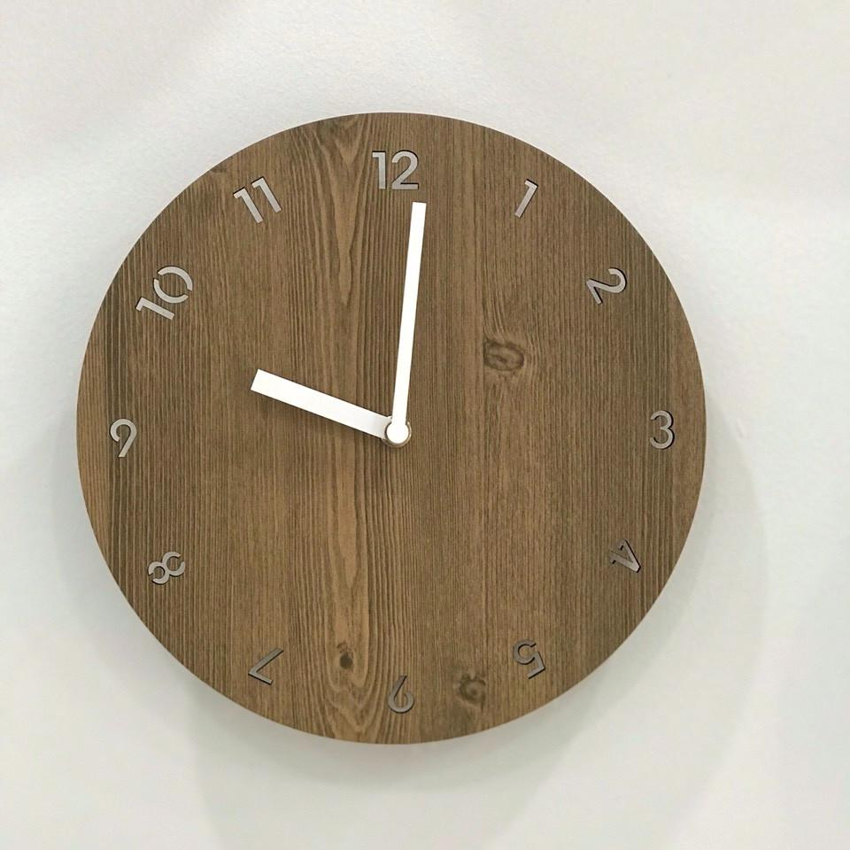 Đồng hồ treo tường trang trí nhà cửa mặt gỗ tròn Wall Clock