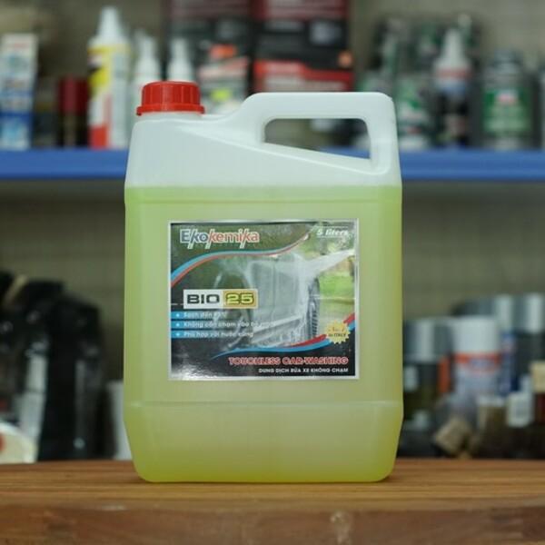 Dung dịch rửa xe không chạm Ekokemika Bio 25- 5L