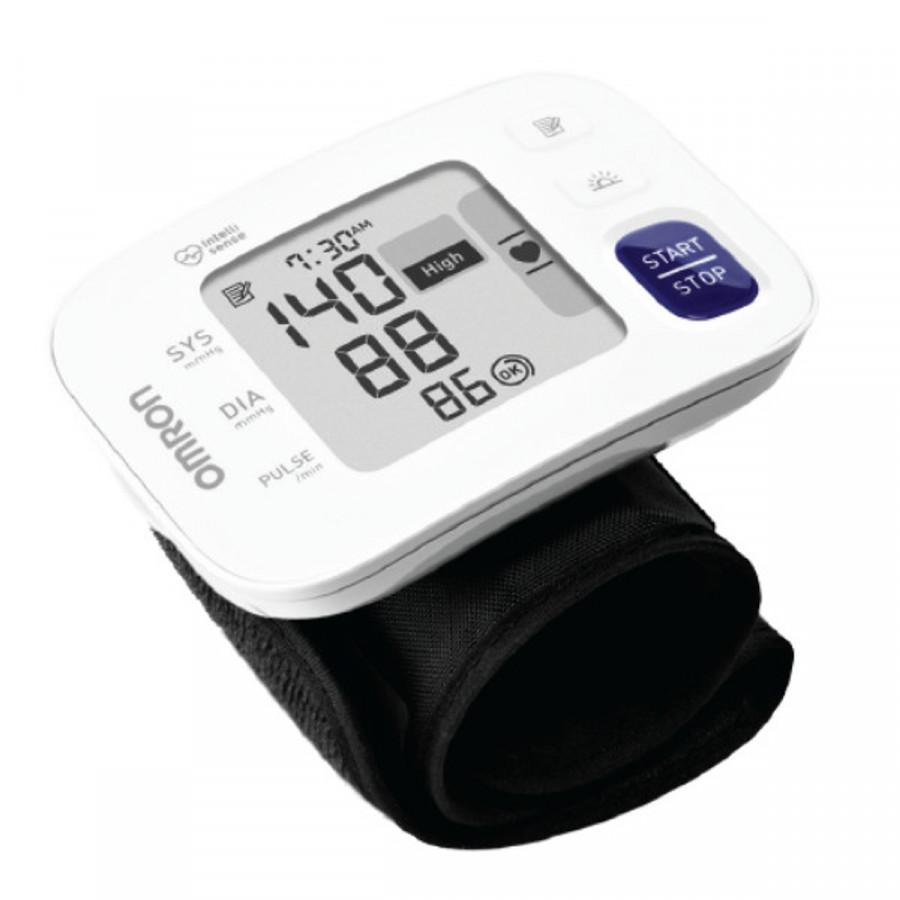 Máy đo huyết áp Omron Hem 6181 + Tặng máy đo đường huyết Safe-Accu