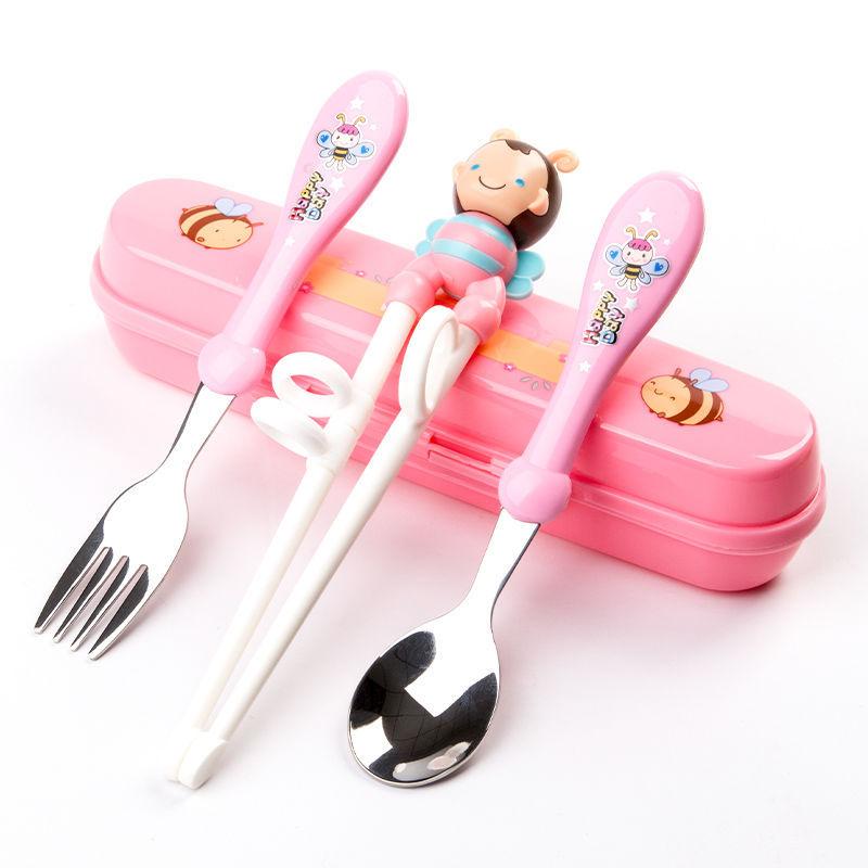 Tặng kèm Yếm ăn Dặm Silicon [Dụng cụ tập ăn] Set tập ăn 3 món (Thìa, Dĩa, Đũa xỏ ngón) inox kèm hộp đựng cho bé