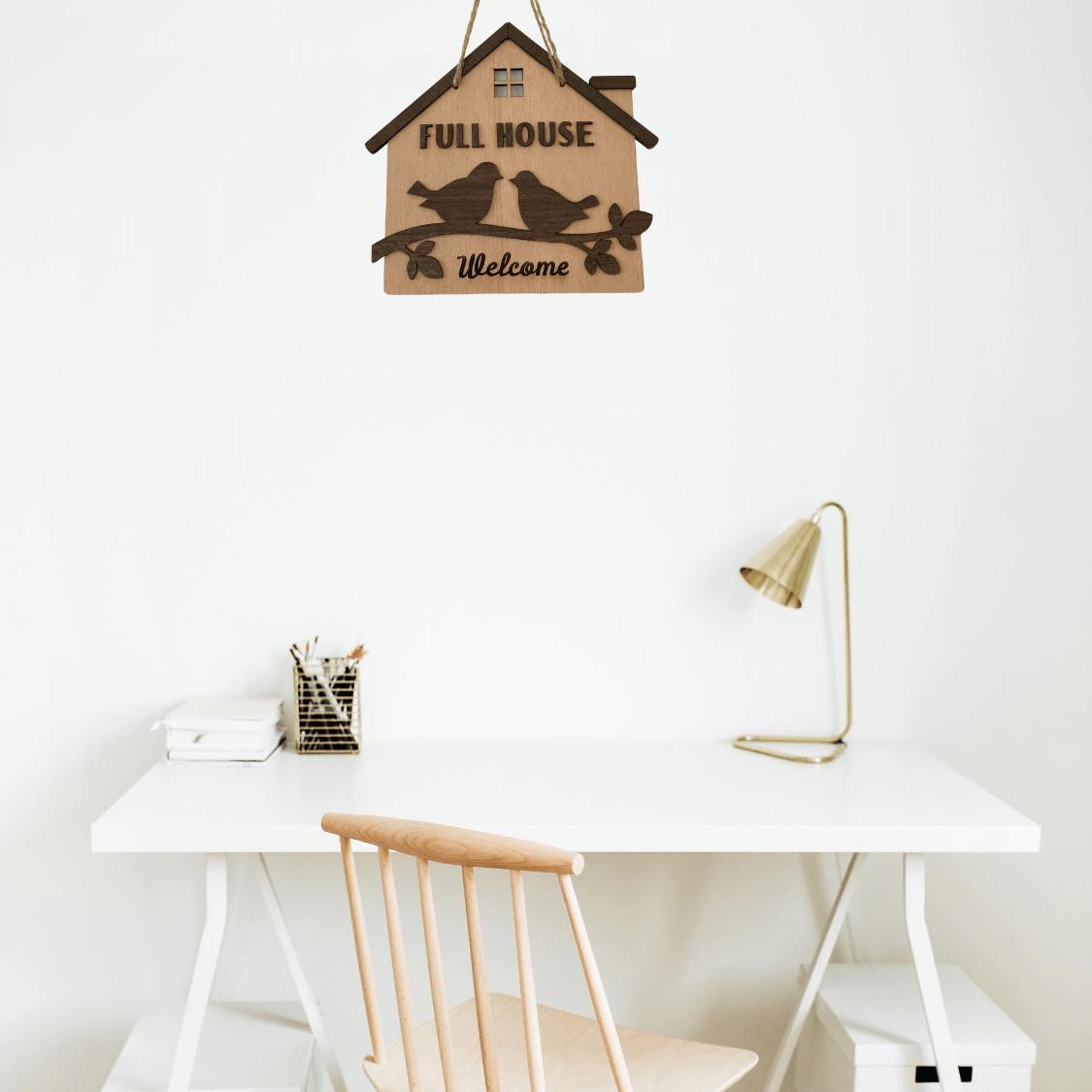 Bảng gỗ treo tường Full house