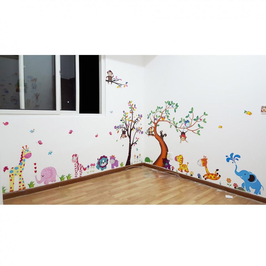 Decal dán tường vườn thú AmyShop (170 x 400 cm)
