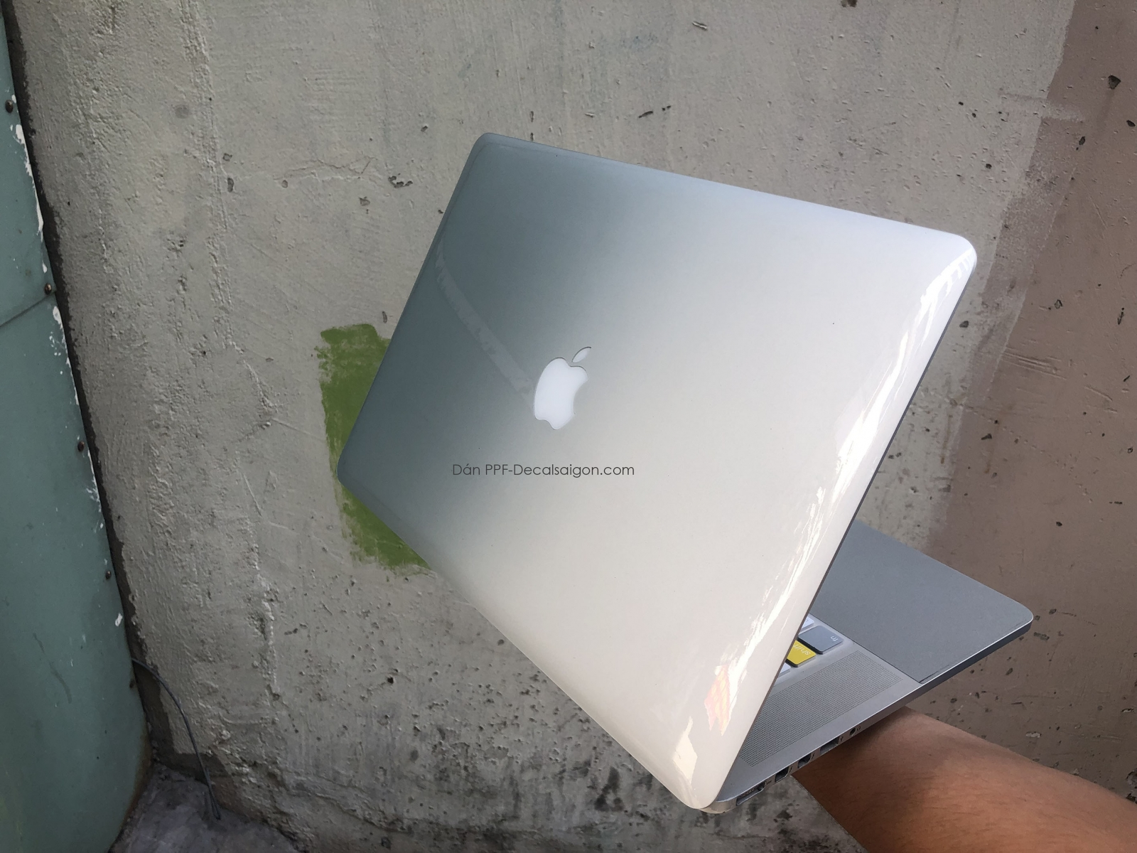 Miếng Dán Trong PPF Bảo Vệ Mặt Sơn Laptop