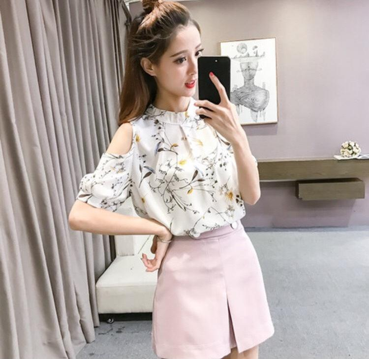 Áo kiểu hoa hở vai dễ thương