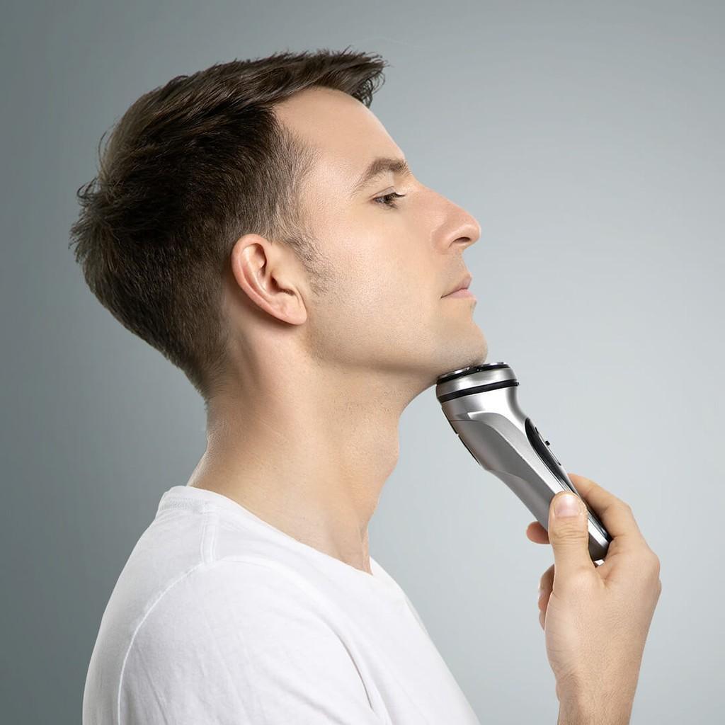 Máy cạo râu 3 lưỡi di chuyển 360 độ cao cấp
