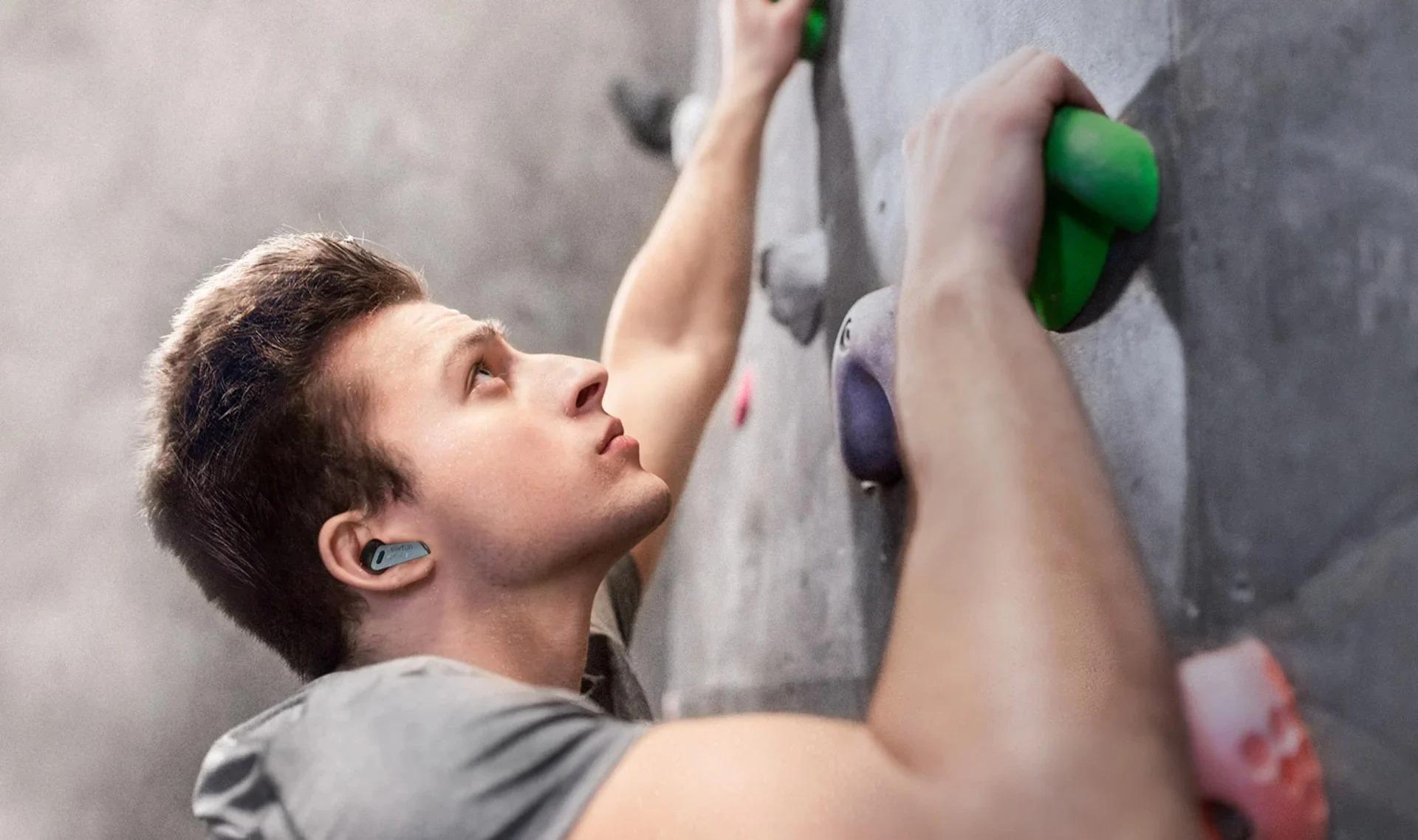 Tai nghe True Wireless EarFun Air Pro - Chống ồn chủ động ANC, Xuyên âm, Bluetooth 5.0, sạc Type-C, Pin 32 giờ, Chống nước IPX5 - Hàng chính hãng