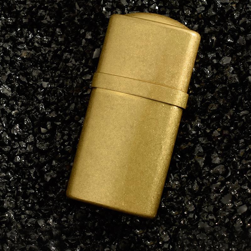 Hộp Quẹt Bật Lửa Xăng Đá Z521 Bằng Đồng Nguyên Chất Cao Cấp