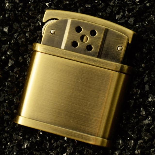 Hộp Qụet Bật Lửa Xăng Đá HY683 Thiết Kế Độc Lạ Sang Trọng Màu Vàng - Dùng Xăng Bấc Đá Cao Cấp