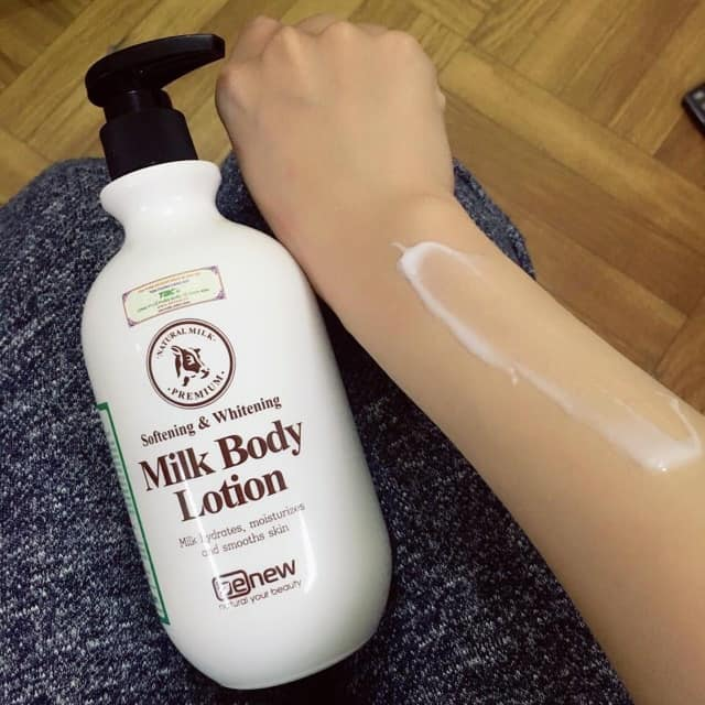 Sữa dưỡng thể trắng da, cấp ẩm Benew Whitening Body Lotion Hàn Quốc 450ml + Móc khoá