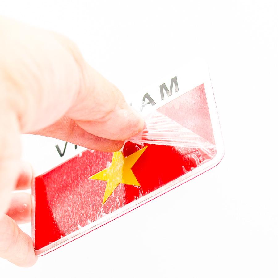 Sticker hình dán Metal Cờ Việt Nam - Miếng lẻ - Hình Chữ Nhật 8x5cm
