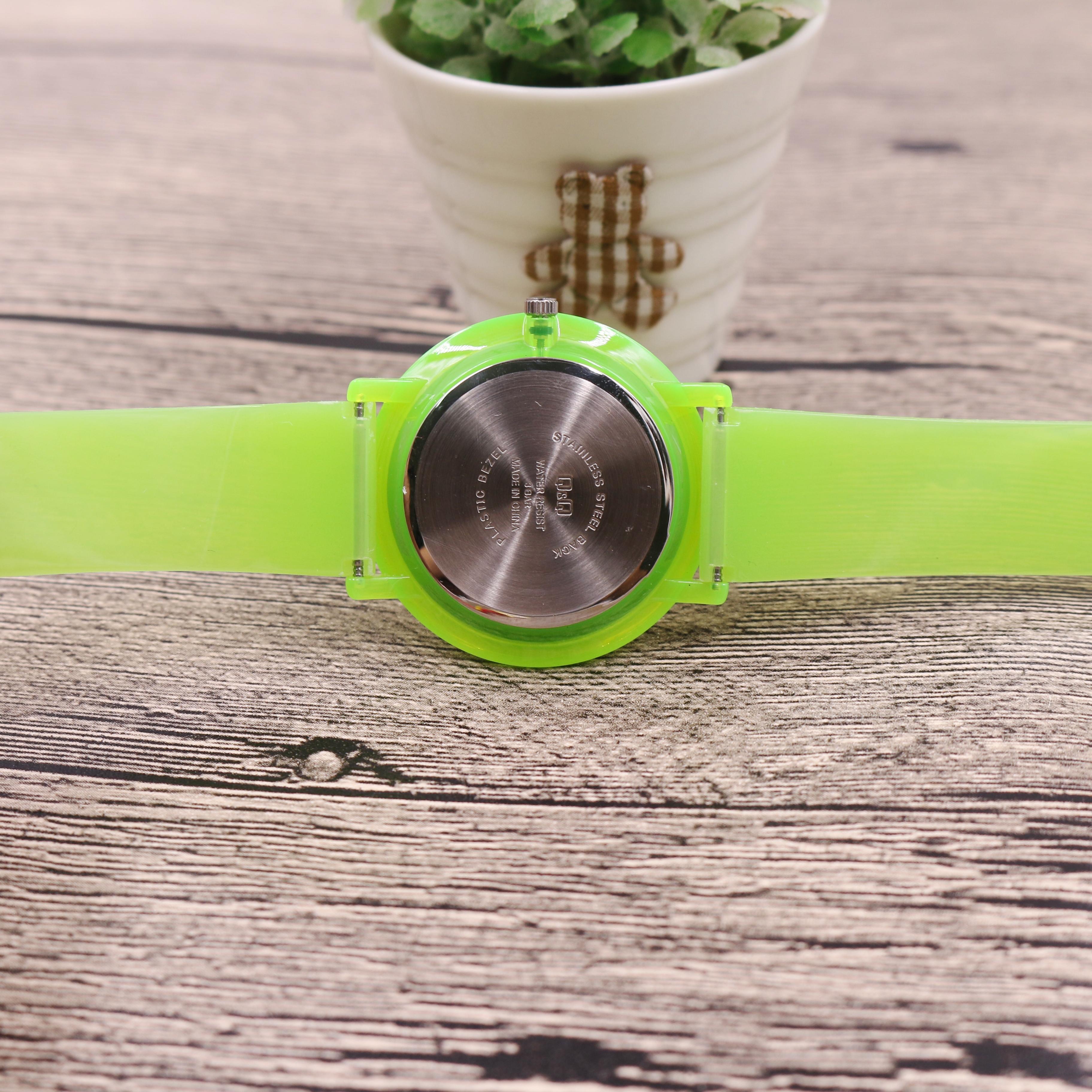 Đồng hồ thời trang nữ Q&Q  VQ94J013Y dây nhựa thương hiệu Nhật Bản