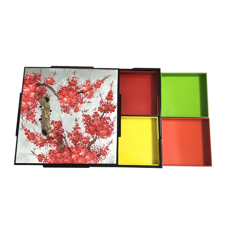 Hộp Mứt Sơn Mài Vuông 30cm - Vẽ hoa đào đỏ & nền bạc