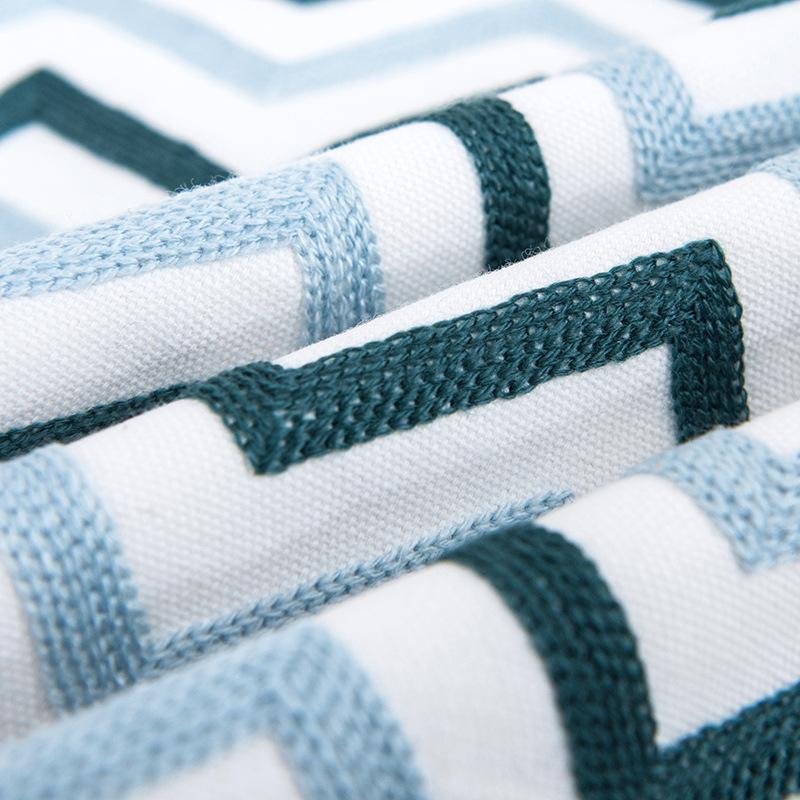 Vỏ Gối Tựa Lưng Linen Dệt Thêu Nổi Hình Học Tối Giản