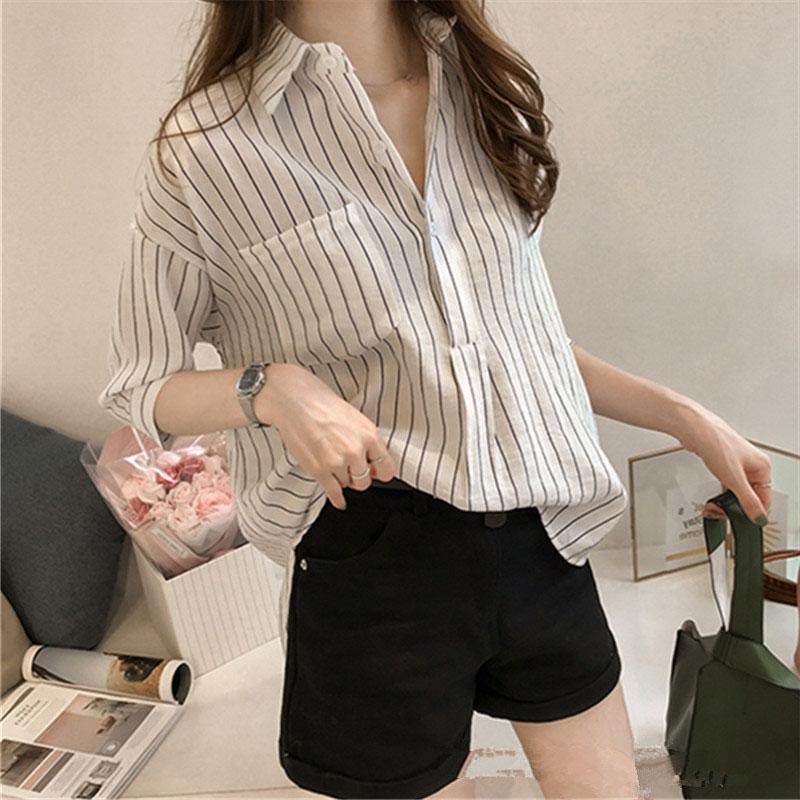 Women Casual Stripe Pattern Shirt Fashion 3 Quarter Sleeve Tops - White Size M