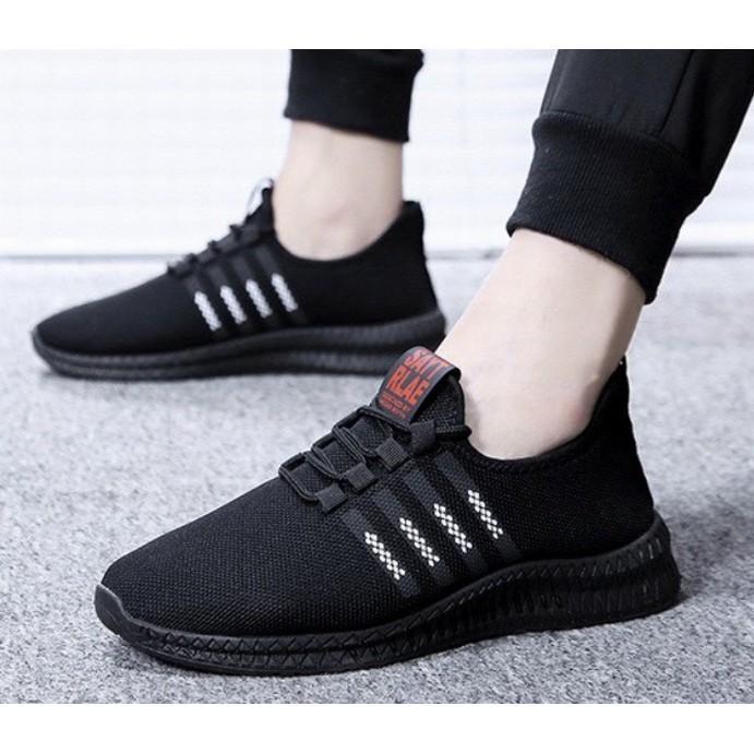 (sale sốc) Giày thể thao Nam Nữ đen trắng cực nhẹ