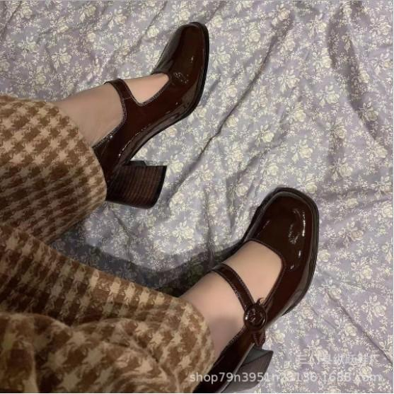 Giày búp bê cao gót 7cm da bóng, đế vân giả gỗ style vintage G043