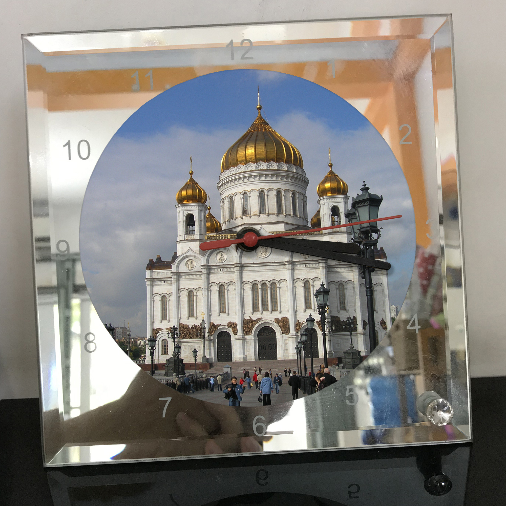 Đồng hồ thủy tinh vuông 20x20 in hình Cathedral Of Christ the saviour (10) . Đồng hồ thủy tinh để bàn trang trí đẹp chủ đề tôn giáo