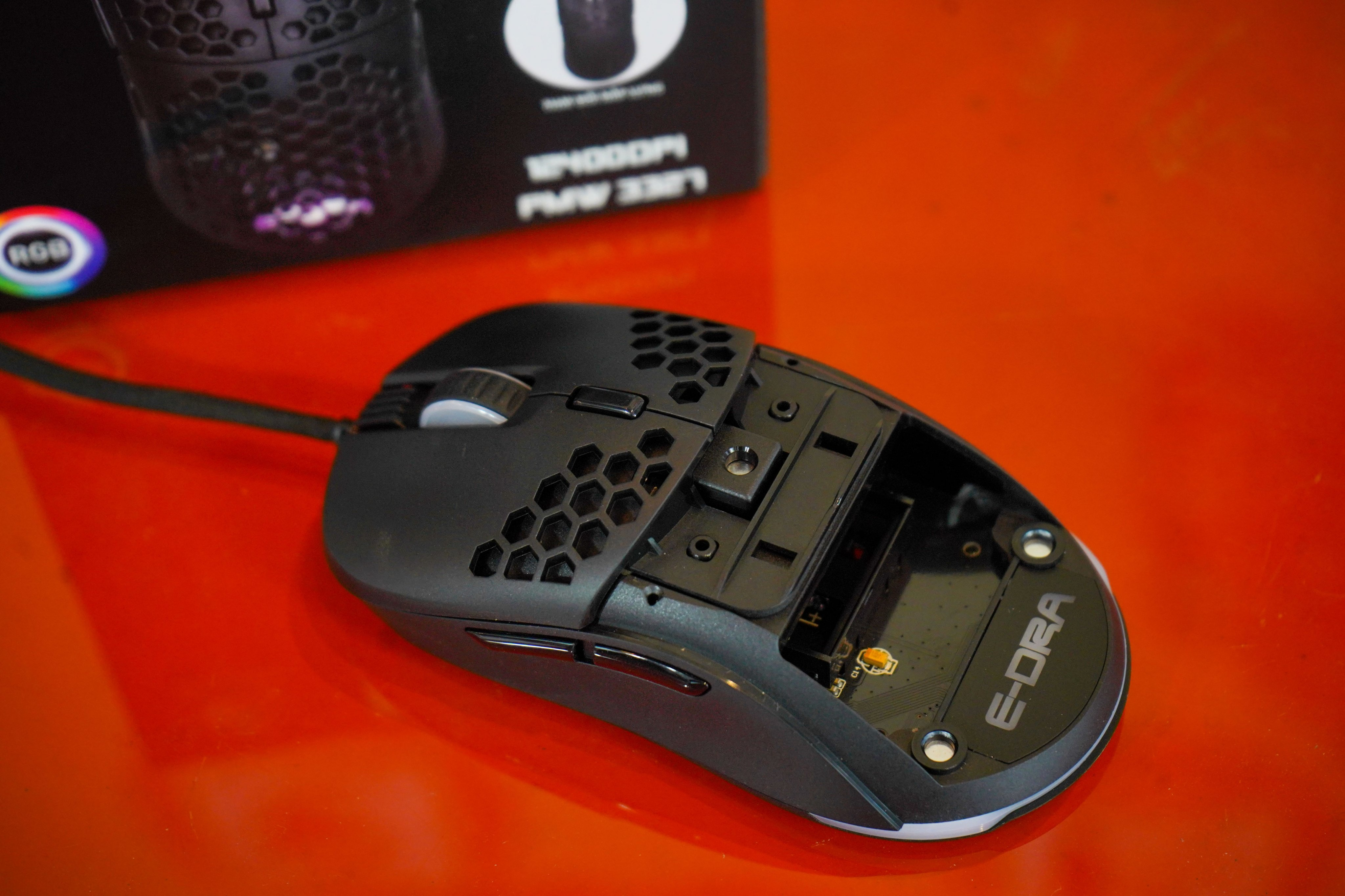 Chuột gaming E-DRA EM618 Led RGB - Hàng chính hãng