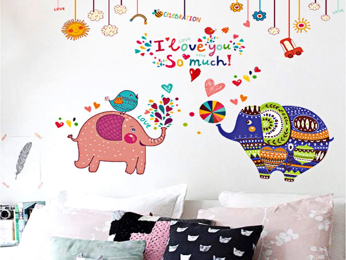 Decal dán tường voi sắc màu