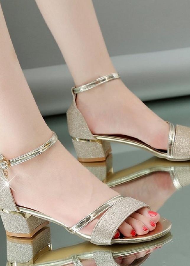 Giày sandals gót vuông  viền vàng kim tuyến cao cấp