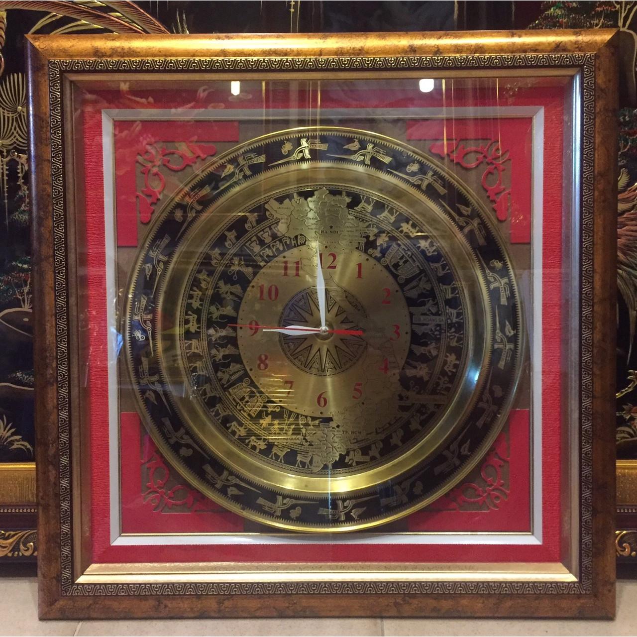 Đồng hồ treo tường bản đồ Việt Nam - A152