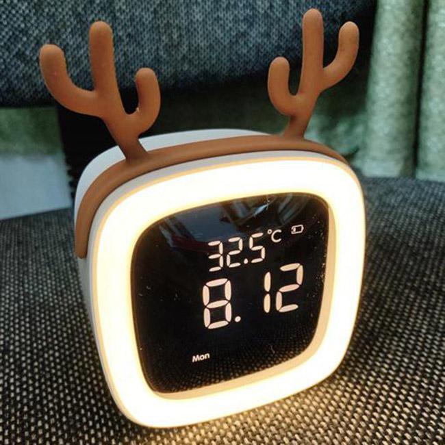 Đồng hồ báo thức đèn Led cute pet TV (Tặng 5 tai trang trí ngẫu nhiên)