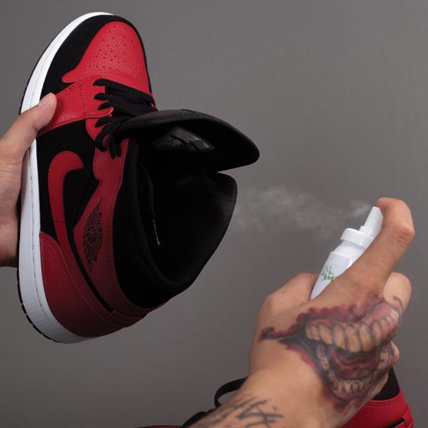 Xịt Khử Mùi ENITO Don't Wory 2021-Dung tích 100ml-Tiêu nhanh vi khuẩn nấm mốc, khử mùi hôi giày hiệu quả