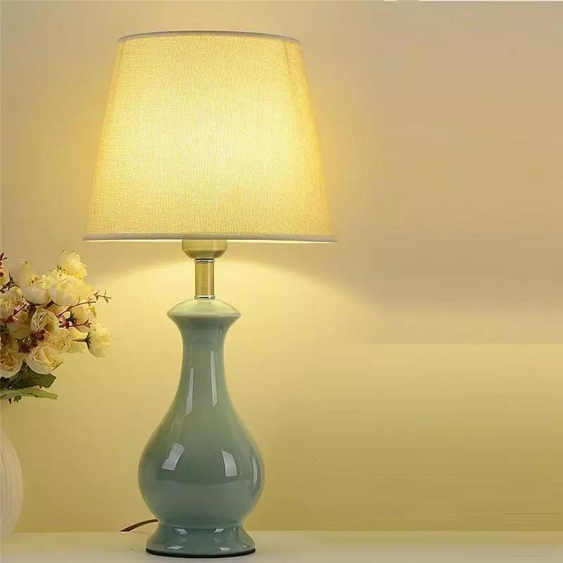 Đèn bàn  - Đèn ngủ - Đèn tab đầu giường - Đèn trang trí TBL460 Đèn bàn thân gốm màu xanh ngọc chao vải