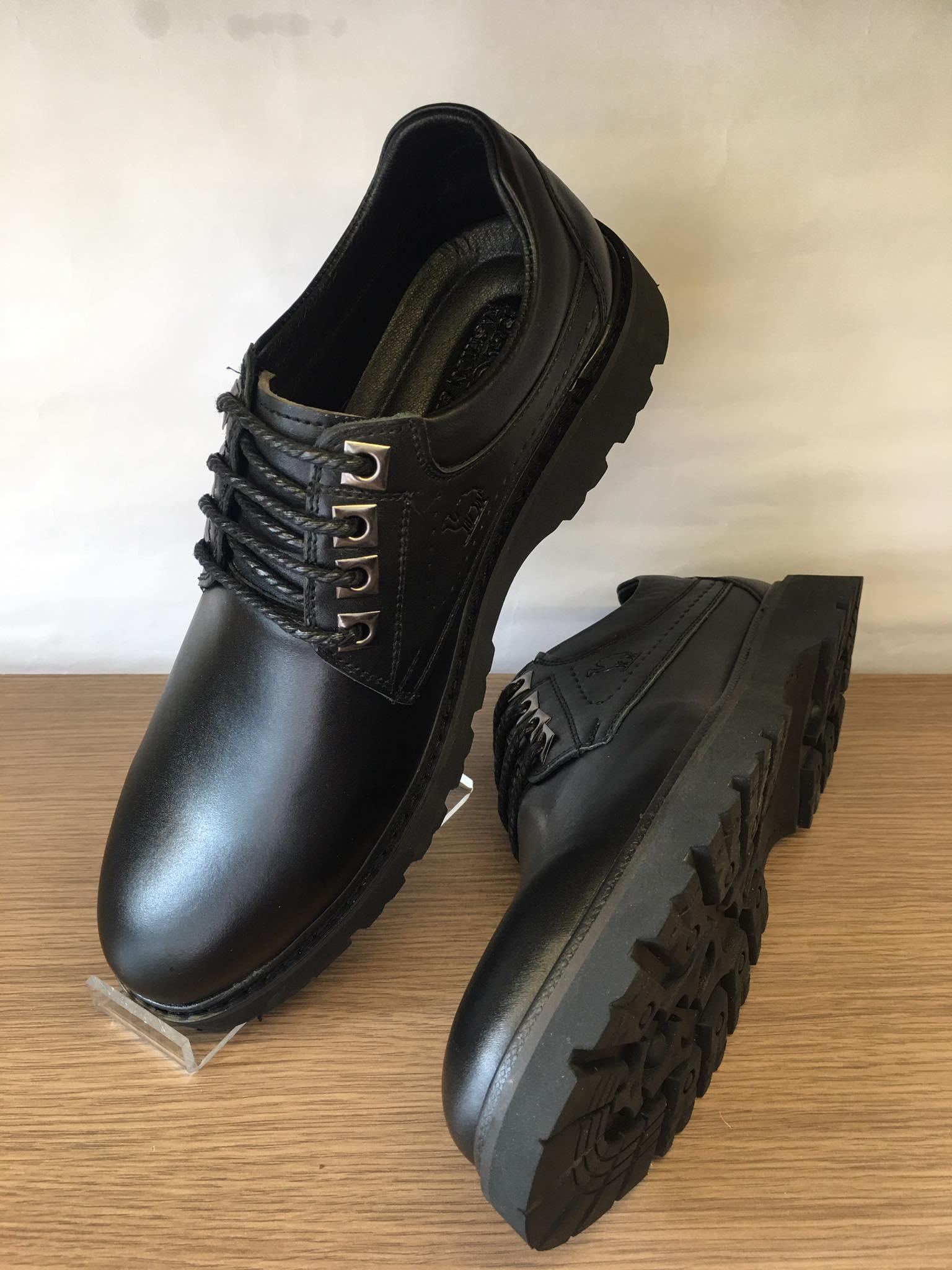 Giày đốc tờ da bò màu Đen Tây Gồ Đen-G02