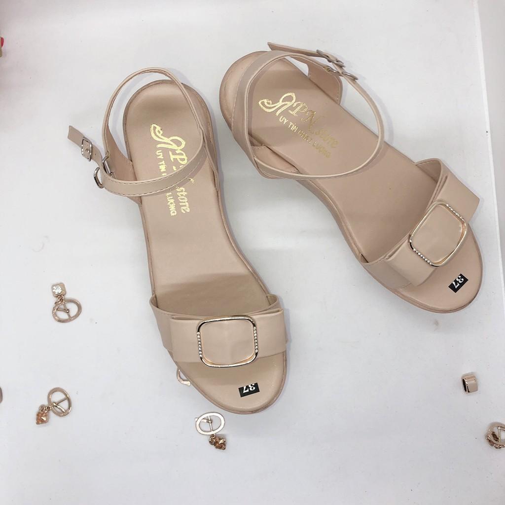 Giày Sandal Đế Xuồng 5cm Quai Ngang khoá Vuông kết Hạt