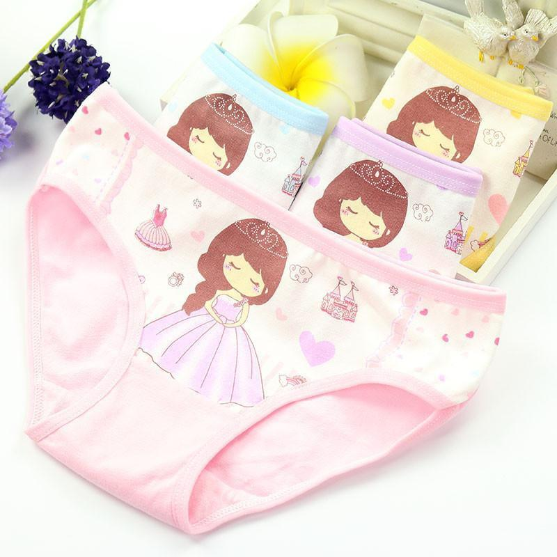 Set 4 quần lót tam giác cotton (Mẫu ngẫu nhiên) cho bé gái, quần lót cotton cho bé gái họa tiết xinh xắn
