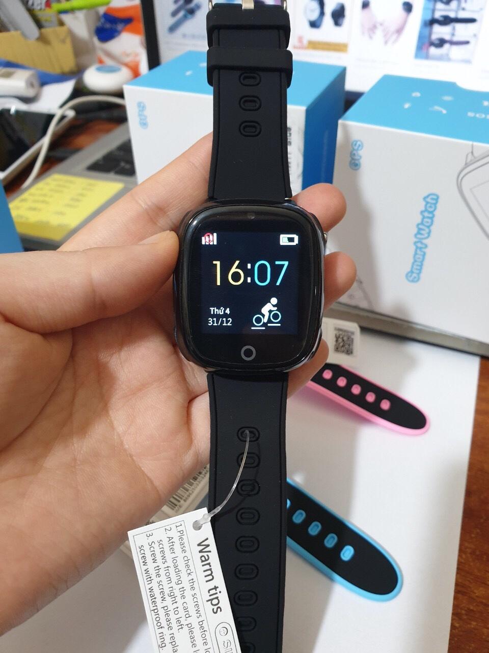 Đồng hồ thông minh chống nước HW12