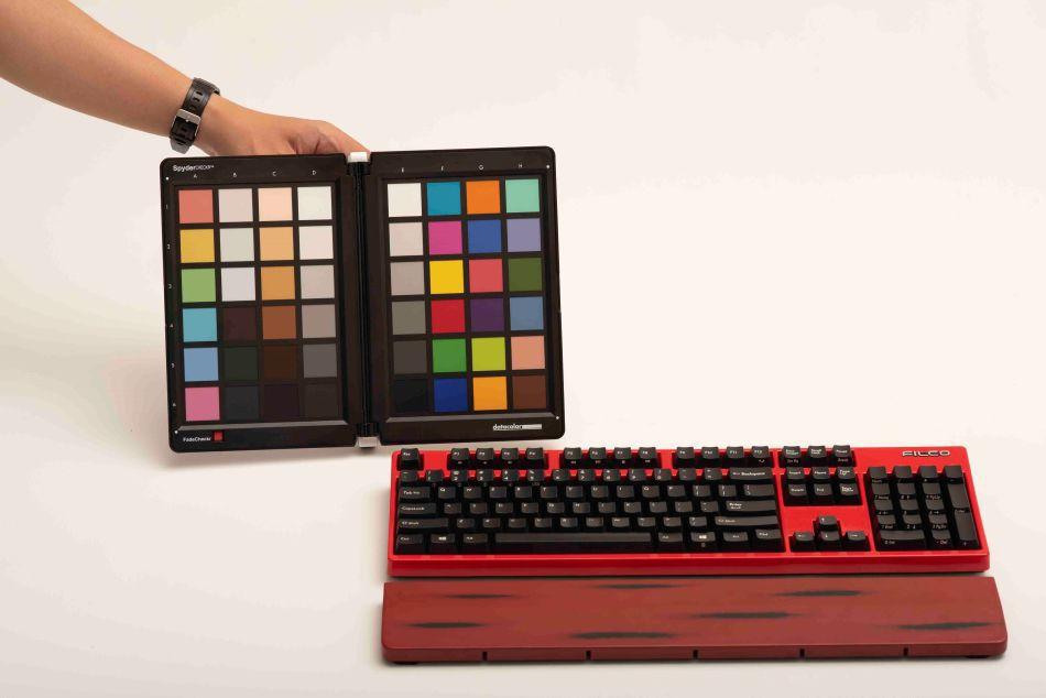 Cân màu cảm biến máy ảnh/máy quay Datacolor SpyderCheckr - Hàng Chính Hãng