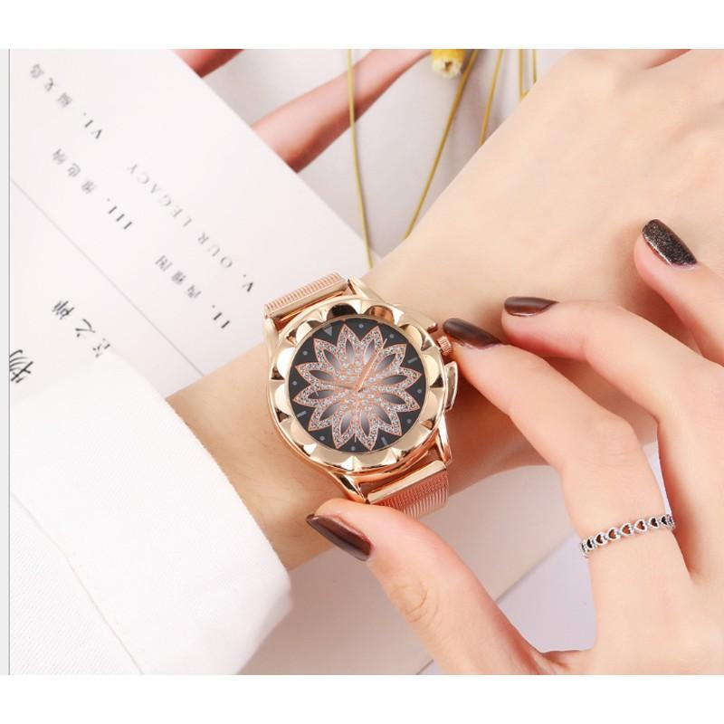 Đồng hồ nữ cánh hoa dây thép chống gỉ tặng kèm hộp HQC 8