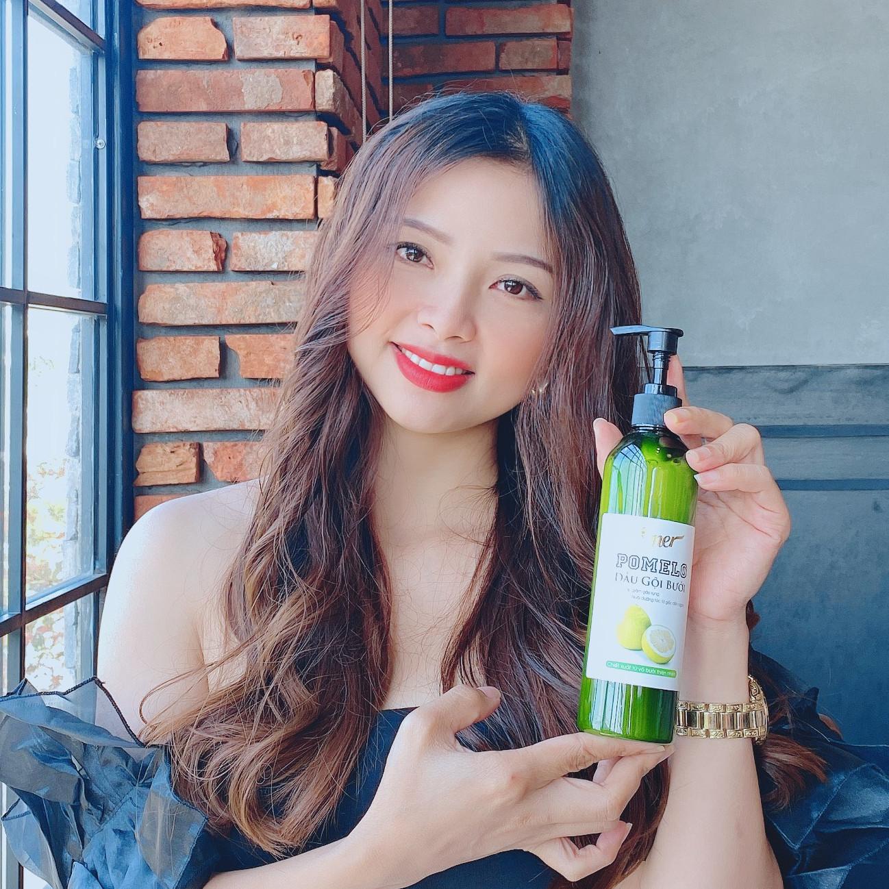 Bộ 2 chai Dầu gội bưởi giảm rụng tóc Pomelo (300ml x 2) giúp kích thích mọc tóc con, cho tóc mọc nhanh hơn gấp 2 đến 3 lần