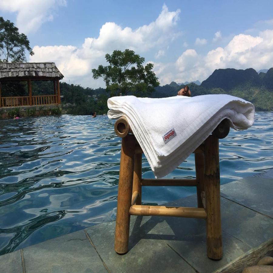 Combo 2 khăn mặt  dùng trong Khách sạn 5 sao, Spa, Resort chất liêu 100% Cotton mêm mềm mịn - Hàng Chính Hãng