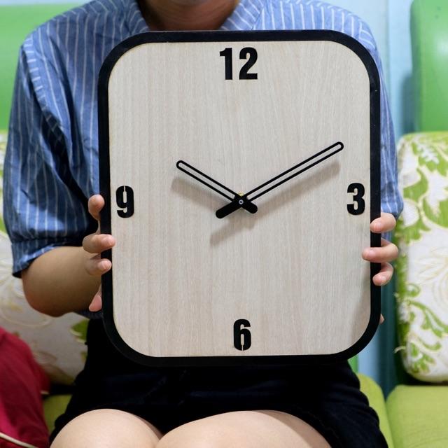 Đồng hồ treo tường gỗ Handmade Decor trang trí SB024